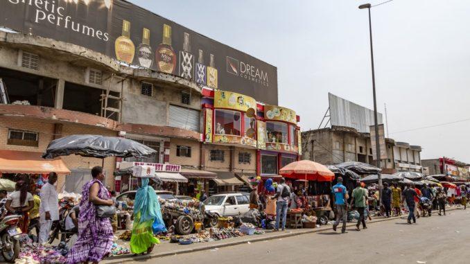 Au marché d'Adjamé, en Côte d'Ivoire.