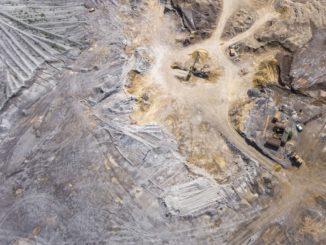 Une mine d'or à ciel ouvert.
