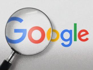 Logo de Google passé à la loupe.